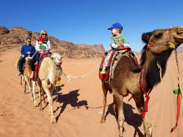 The-Flashpacking-Family-on-camels